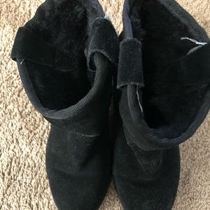 Ash black boots with sheepskin 37